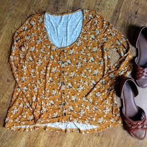 American Eagle Autumn Floral Button Up Top